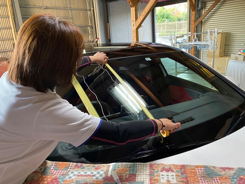 ガラス再生研磨女性オーナー